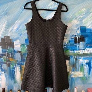 Express Dresses - EXPRESS Black Quilted Skater Dress Sz M